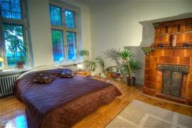 暖炉,埋め込み型暖炉,ビルトイン暖炉,寝室,ベッドルーム
